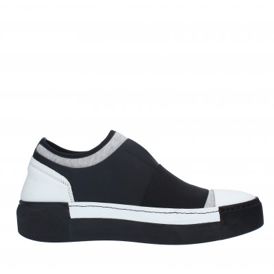 Slip on VIC MATIE'